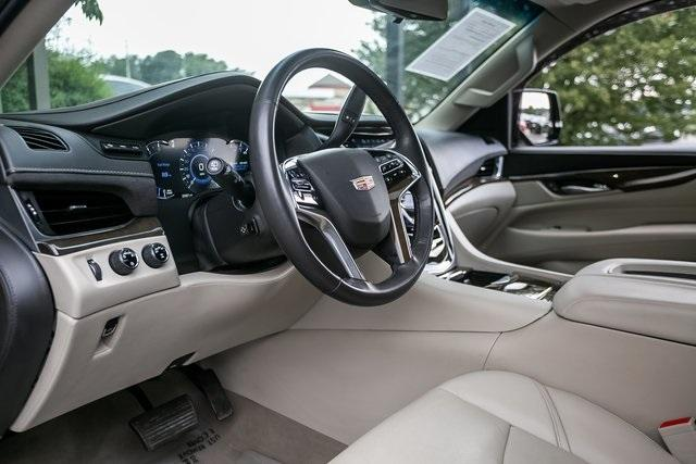 Used 2019 Cadillac Escalade ESV Premium for sale $69,495 at Gravity Autos Atlanta in Chamblee GA 30341 8