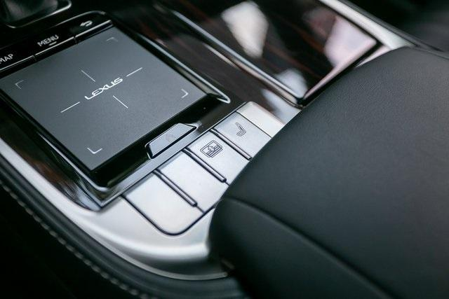 Used 2018 Lexus LS 500 Base for sale $56,995 at Gravity Autos Atlanta in Chamblee GA 30341 21