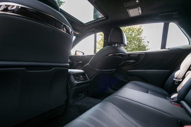 Used 2018 Lexus LS 500 Base for sale $56,995 at Gravity Autos Atlanta in Chamblee GA 30341 35