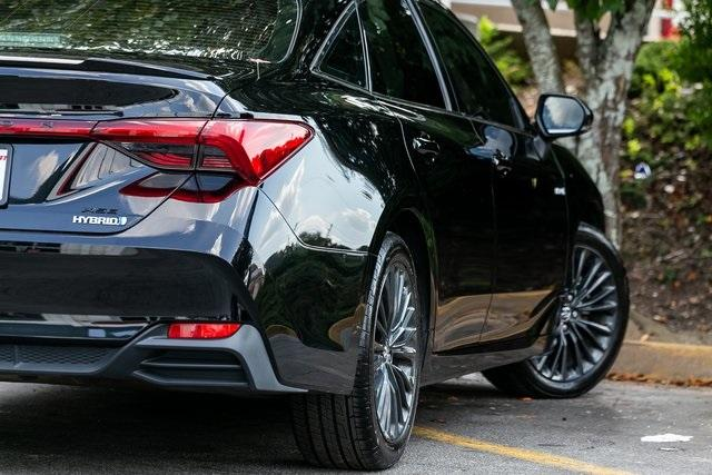 Used 2019 Toyota Avalon Hybrid XSE for sale $28,995 at Gravity Autos Atlanta in Chamblee GA 30341 39