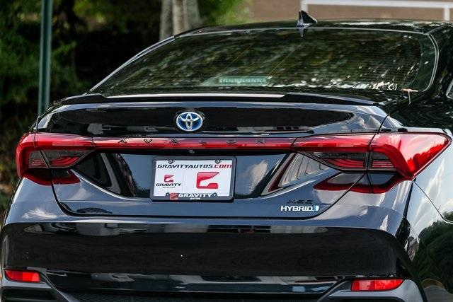 Used 2019 Toyota Avalon Hybrid XSE for sale $28,995 at Gravity Autos Atlanta in Chamblee GA 30341 40