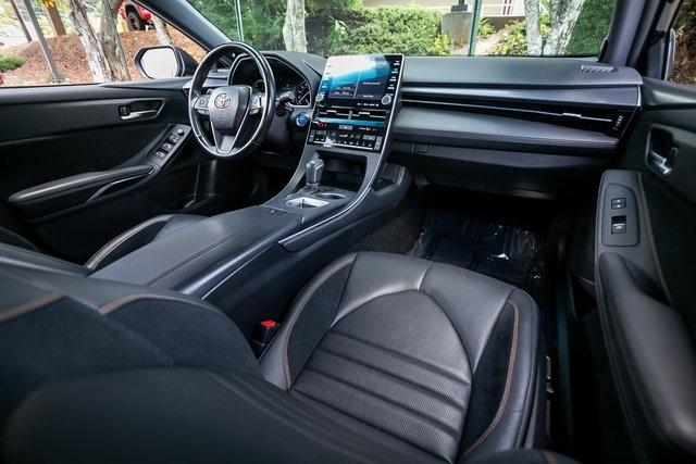 Used 2019 Toyota Avalon Hybrid XSE for sale $28,995 at Gravity Autos Atlanta in Chamblee GA 30341 6