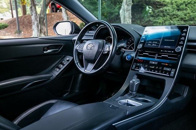 Used 2019 Toyota Avalon Hybrid XSE for sale $28,995 at Gravity Autos Atlanta in Chamblee GA 30341 7
