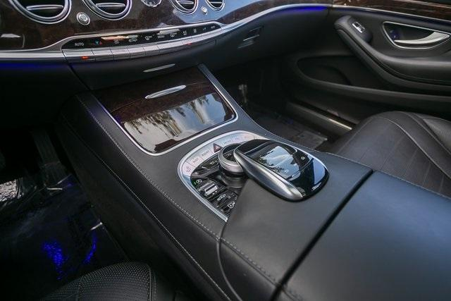 Used 2018 Mercedes-Benz S-Class S 560 for sale $67,699 at Gravity Autos Atlanta in Chamblee GA 30341 19
