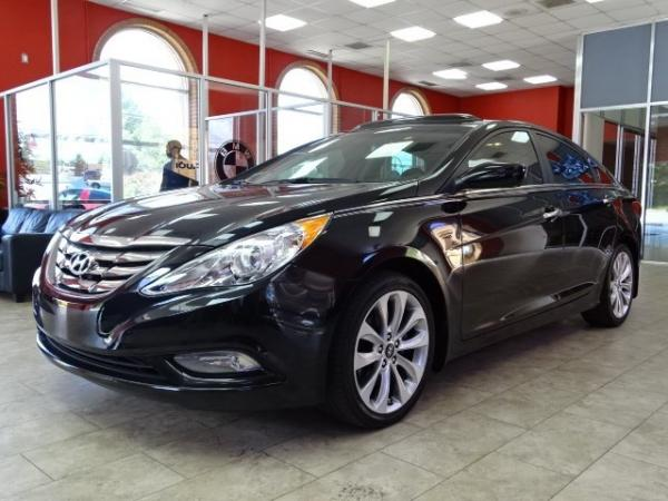 Used 2013 Hyundai Sonata SE for sale Sold at Gravity Autos in Roswell GA 30076 3
