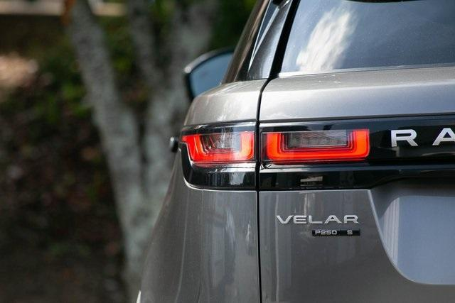 Used 2018 Land Rover Range Rover Velar P250 S for sale $47,989 at Gravity Autos Atlanta in Chamblee GA 30341 37