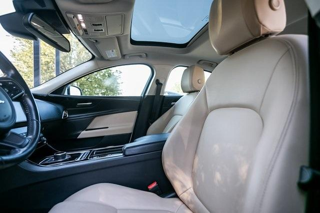 Used 2018 Jaguar XE 25t for sale $27,595 at Gravity Autos Atlanta in Chamblee GA 30341 30