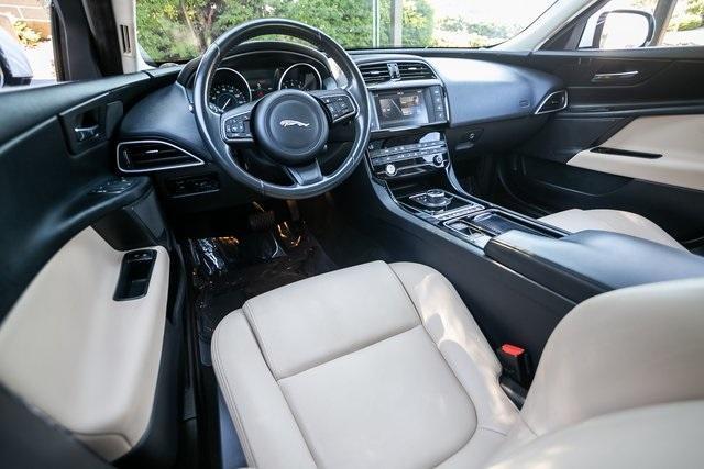 Used 2018 Jaguar XE 25t for sale $27,595 at Gravity Autos Atlanta in Chamblee GA 30341 4