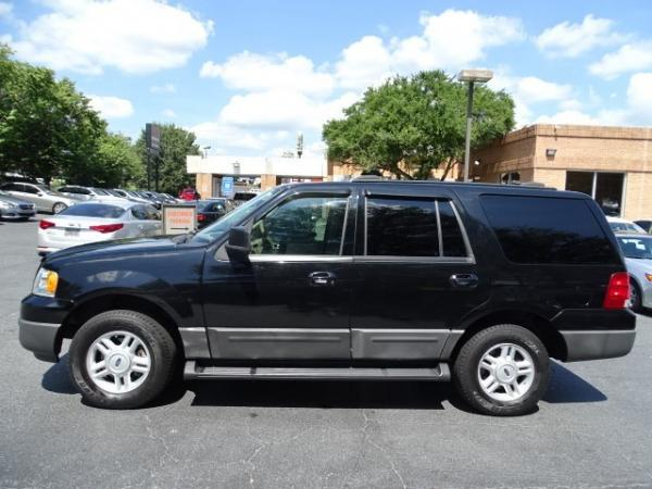 Used 2004 Ford Expedition XLT for sale Sold at Gravity Autos in Roswell GA 30076 4