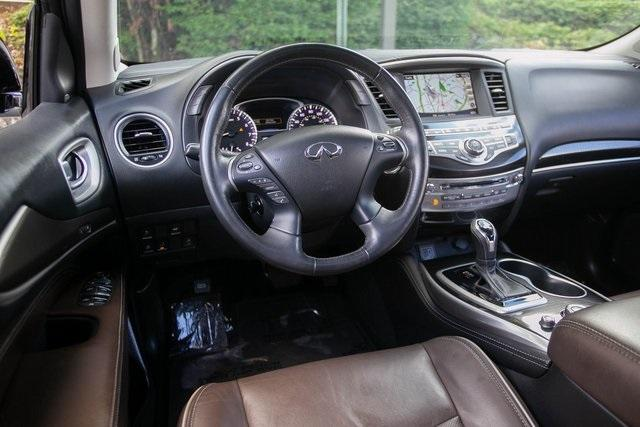 Used 2019 INFINITI QX60 LUXE for sale $36,495 at Gravity Autos Atlanta in Chamblee GA 30341 5