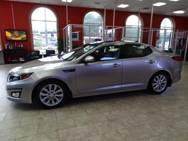 Used 2014 Kia Optima EX for sale Sold at Gravity Autos in Roswell GA 30076 4