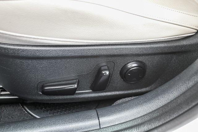 Used 2019 Kia Stinger Premium for sale $34,445 at Gravity Autos Atlanta in Chamblee GA 30341 32