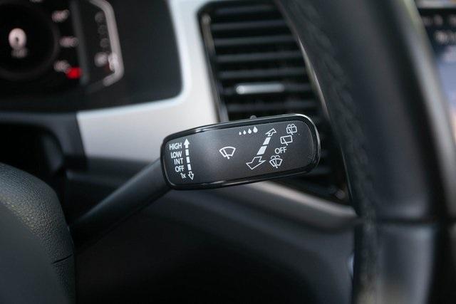 Used 2020 Volkswagen Atlas Cross Sport 3.6L V6 SEL for sale $43,495 at Gravity Autos Atlanta in Chamblee GA 30341 11