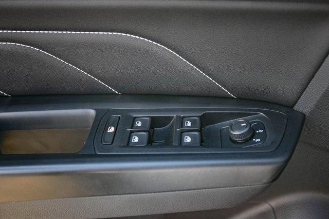 Used 2020 Volkswagen Atlas Cross Sport 3.6L V6 SEL for sale $43,495 at Gravity Autos Atlanta in Chamblee GA 30341 26