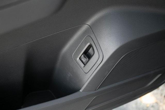 Used 2020 Volkswagen Atlas Cross Sport 3.6L V6 SEL for sale $43,495 at Gravity Autos Atlanta in Chamblee GA 30341 27