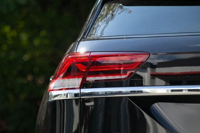 Used 2020 Volkswagen Atlas Cross Sport 3.6L V6 SEL for sale $43,495 at Gravity Autos Atlanta in Chamblee GA 30341 38