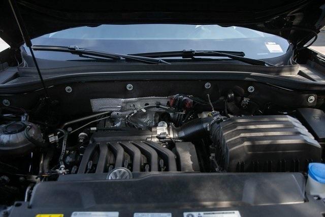 Used 2020 Volkswagen Atlas Cross Sport 3.6L V6 SEL for sale $43,495 at Gravity Autos Atlanta in Chamblee GA 30341 45
