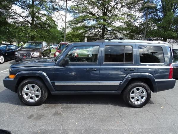 Used 2007 Jeep Commander Limited for sale Sold at Gravity Autos in Roswell GA 30076 3