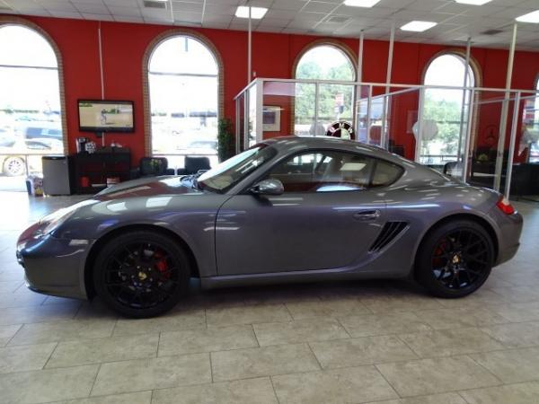 Used 2007 Porsche Cayman S for sale Sold at Gravity Autos in Roswell GA 30076 4