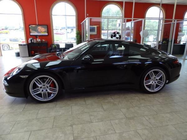 Used 2012 Porsche 911 S for sale Sold at Gravity Autos in Roswell GA 30076 4
