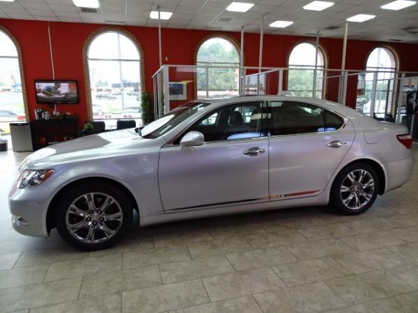 Used 2009 Lexus LS 460 for sale Sold at Gravity Autos in Roswell GA 30076 4