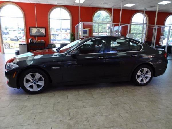 Used 2013 BMW 5 Series 528i xDrive for sale Sold at Gravity Autos in Roswell GA 30076 4