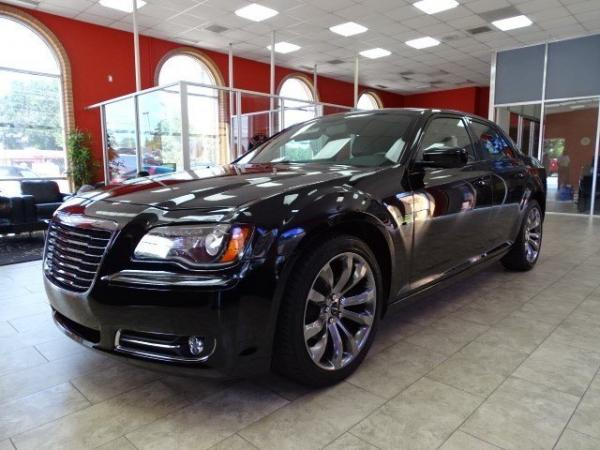 Used 2014 Chrysler 300 300S for sale Sold at Gravity Autos in Roswell GA 30076 3