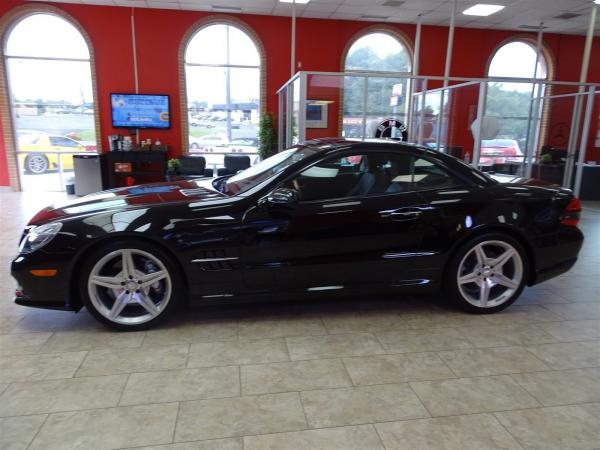 Used 2012 Mercedes-Benz SL-Class SL550 for sale Sold at Gravity Autos in Roswell GA 30076 4