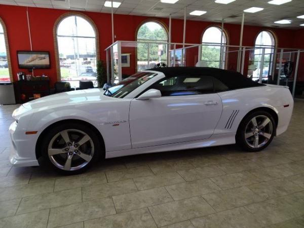 Used 2012 Chevrolet Camaro 2SS for sale Sold at Gravity Autos in Roswell GA 30076 4