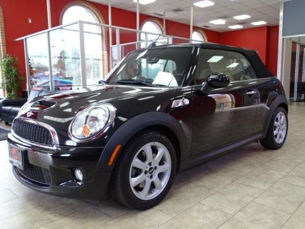 Used 2009 MINI Cooper Convertible S for sale Sold at Gravity Autos in Roswell GA 30076 3