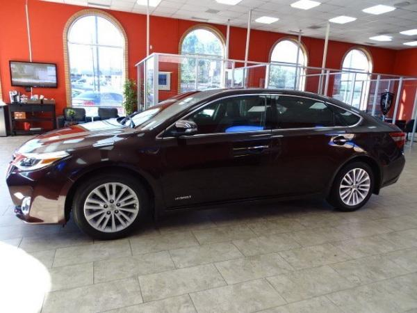 Used 2013 Toyota Avalon Hybrid Limited for sale Sold at Gravity Autos in Roswell GA 30076 3
