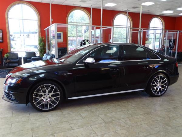 Used 2011 Cadillac CTS Sedan CTS Sedan Luxury for sale Sold at Gravity Autos in Roswell GA 30076 4