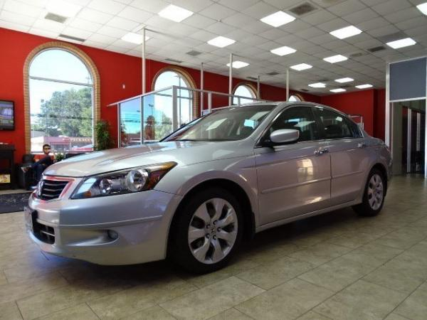 Used 2009 Honda Accord Sdn EX-L for sale Sold at Gravity Autos in Roswell GA 30076 3