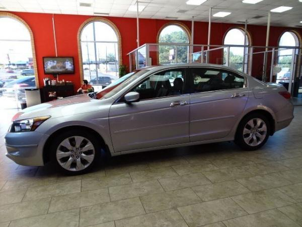 Used 2009 Honda Accord Sdn EX-L for sale Sold at Gravity Autos in Roswell GA 30076 4