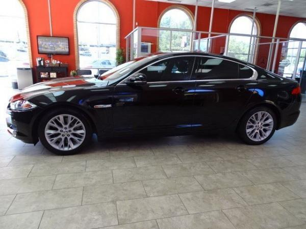 Used 2013 Jaguar XF XF V6 RWD for sale Sold at Gravity Autos in Roswell GA 30076 4