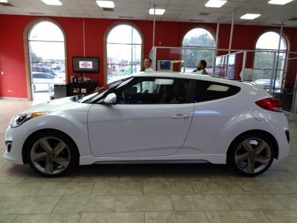 Used 2014 Hyundai Veloster Turbo for sale Sold at Gravity Autos in Roswell GA 30076 3