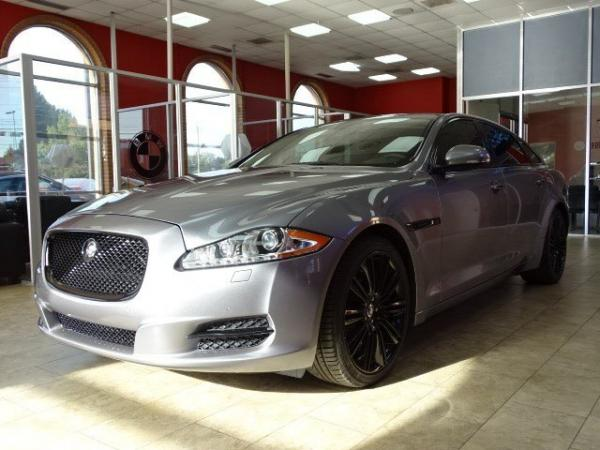 Used 2012 Jaguar XJ XJL Supercharged for sale Sold at Gravity Autos in Roswell GA 30076 3