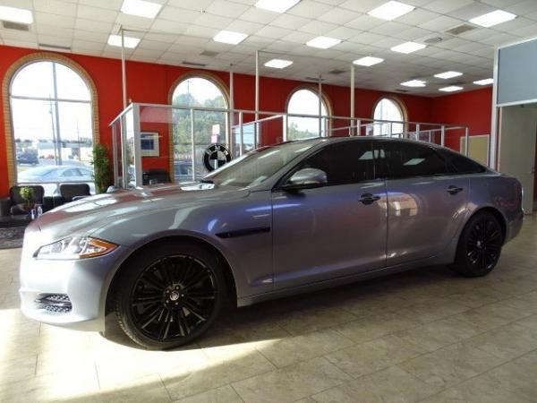 Used 2012 Jaguar XJ XJL Supercharged for sale Sold at Gravity Autos in Roswell GA 30076 4