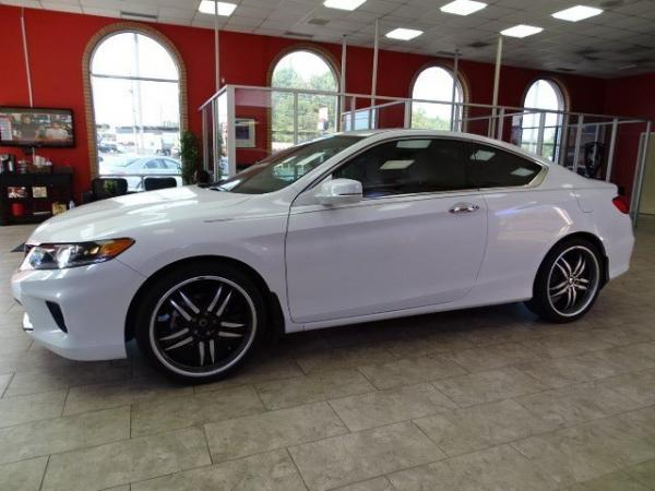 Used 2014 Honda Accord Coupe EX-L for sale Sold at Gravity Autos in Roswell GA 30076 4