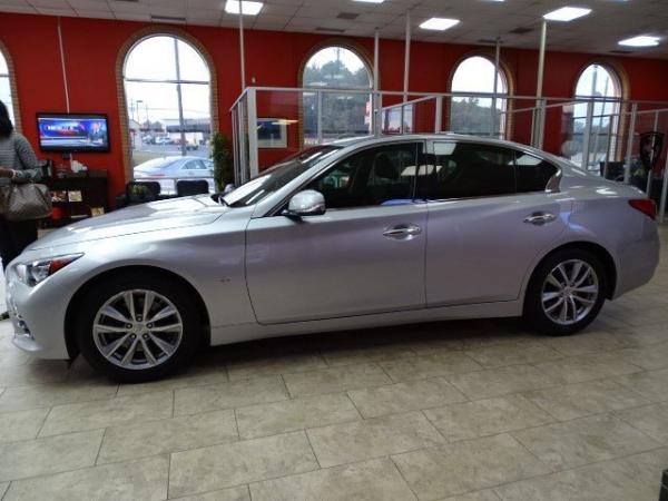 Used 2014 Infiniti Q50 Premium for sale Sold at Gravity Autos in Roswell GA 30076 4