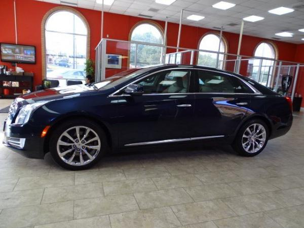 Used 2015 Cadillac XTS Premium for sale Sold at Gravity Autos in Roswell GA 30076 4