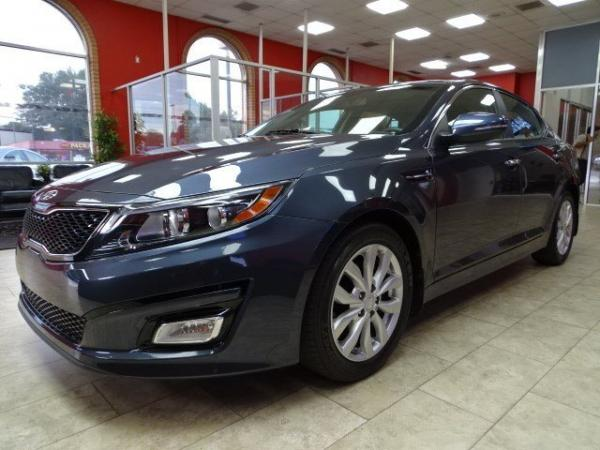 Used 2015 Kia Optima EX for sale Sold at Gravity Autos in Roswell GA 30076 3