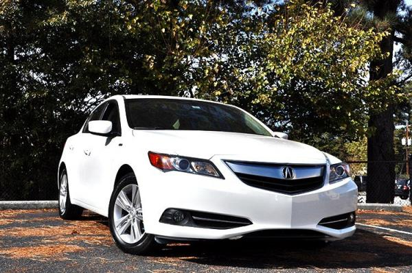 Used 2013 Acura ILX Hybrid Tech Pkg for sale Sold at Gravity Autos in Roswell GA 30076 2