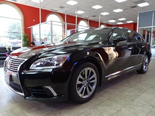 Used 2013 Lexus LS 460 for sale Sold at Gravity Autos in Roswell GA 30076 3