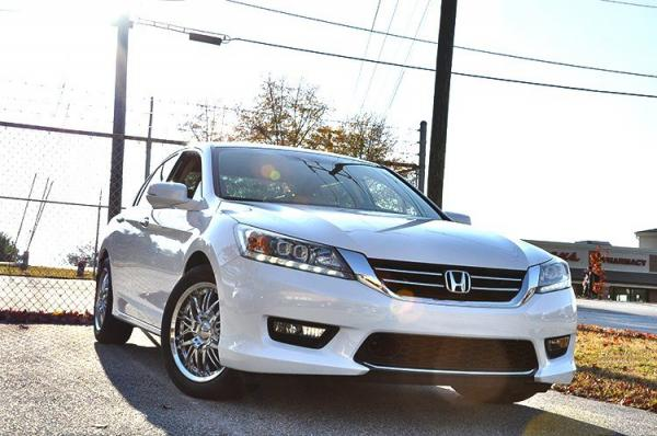 Used 2014 Honda Accord Sedan Touring for sale Sold at Gravity Autos in Roswell GA 30076 2