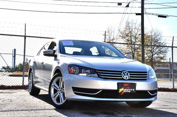 Used 2014 Volkswagen Passat SE w/Snrf/Nav for sale Sold at Gravity Autos in Roswell GA 30076 2