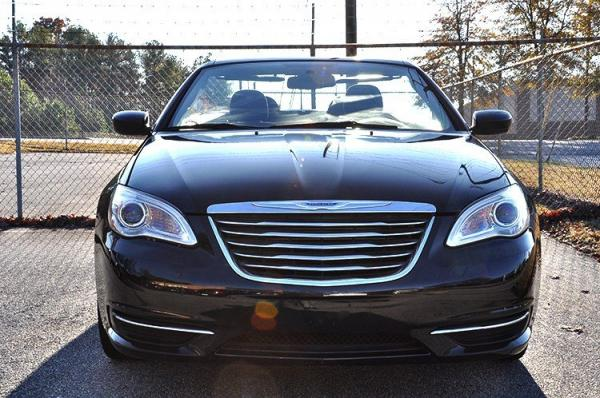 Used 2012 Chrysler 200 Touring for sale Sold at Gravity Autos in Roswell GA 30076 3