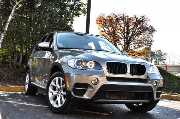 Used 2011 BMW X5 35i Premium for sale Sold at Gravity Autos in Roswell GA 30076 2