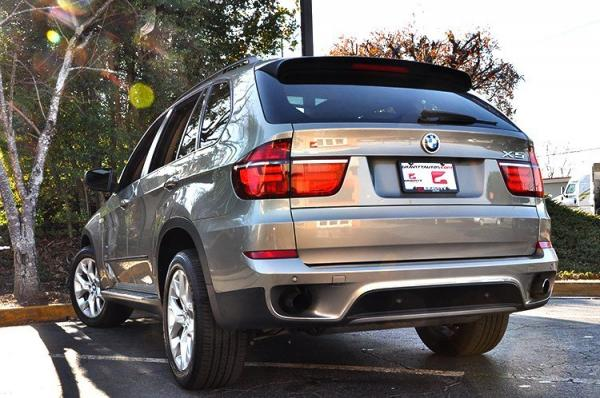 Used 2011 BMW X5 35i Premium for sale Sold at Gravity Autos in Roswell GA 30076 4