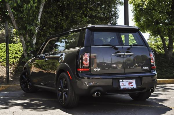 Used 2014 MINI Cooper Clubman Cooper Clubman S for sale Sold at Gravity Autos in Roswell GA 30076 3